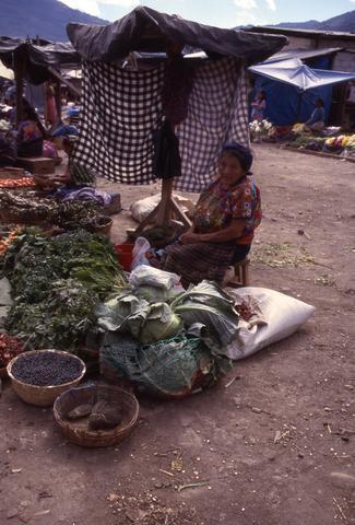 Guatamala veggie market 02_tif480