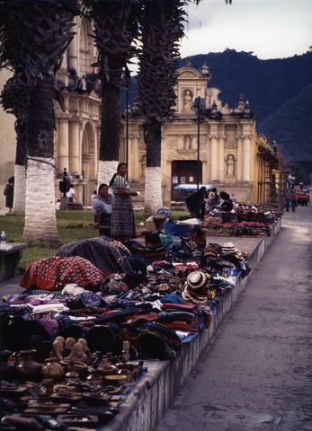 Guatemala Tourist Market480