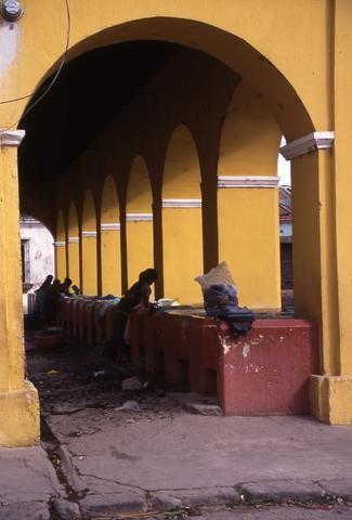 Guatemalan communal laundry480