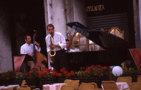 Italian Band 01309