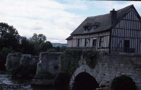 Italian River House_tif309