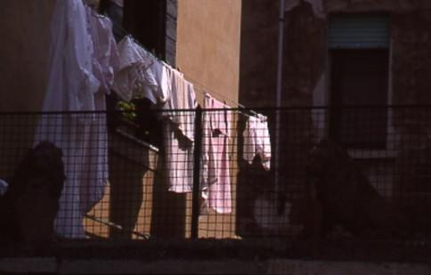 Venice Clothesline309